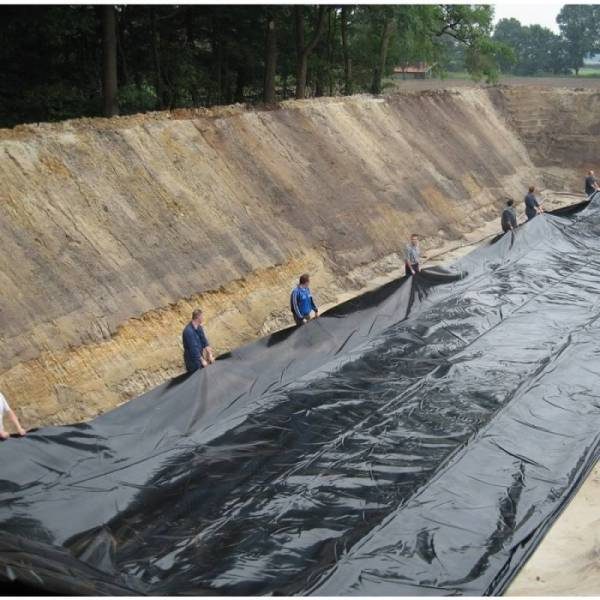 Пленка полиэтиленовая черная 180 мкм, 6 х 50м