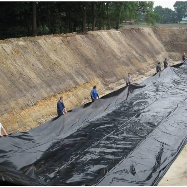 Пленка полиэтиленовая черная 90 мкм, 6 х 50м