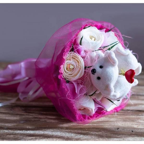 """Букет с конфетами """"Влюбленные мишки"""""""