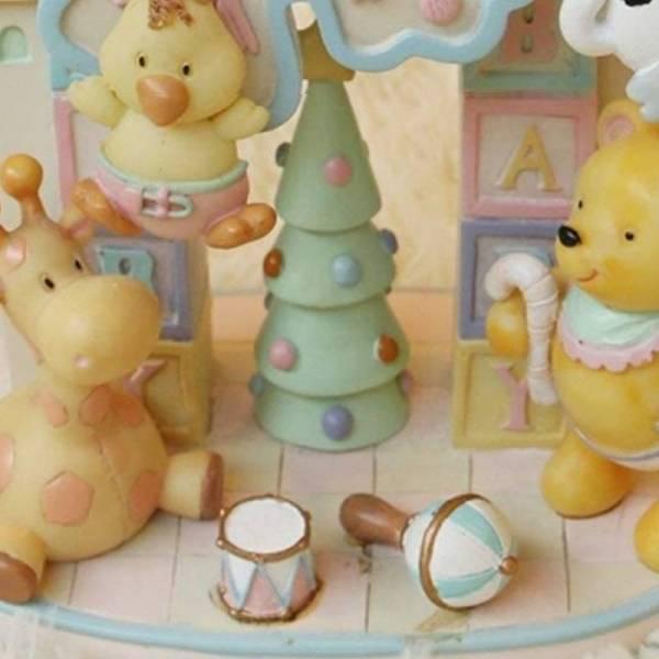 Красивая детская музыкальная шкатулка