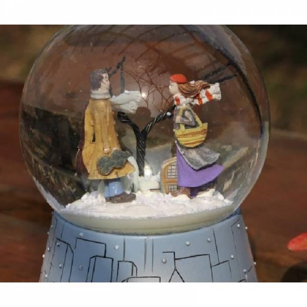"""Снежный шар """"Два одиночества"""""""